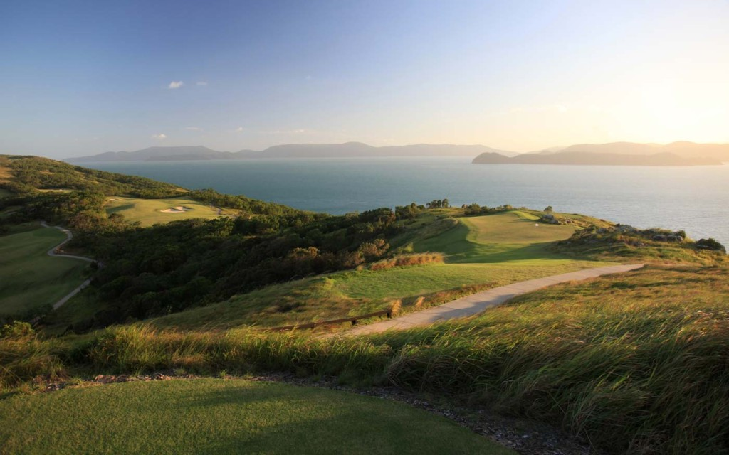 Hamiltonislandgolf-golf-tee-shot